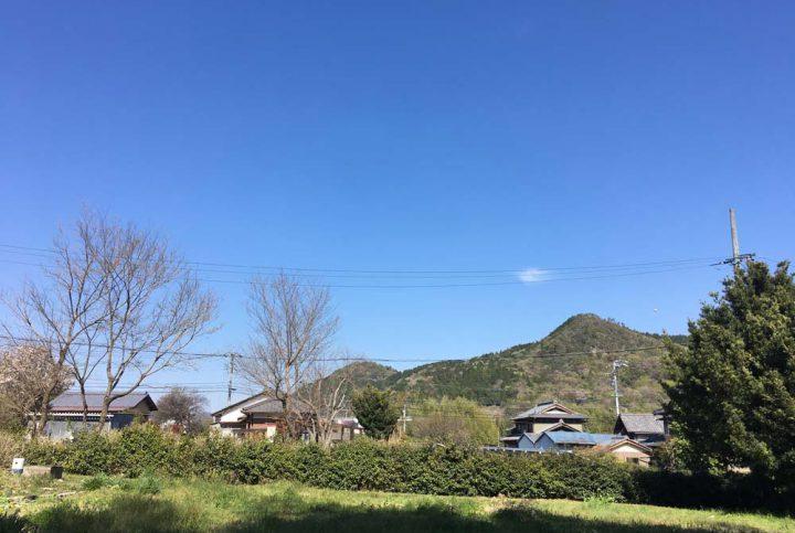 山の眺望が楽しめる住宅用地 -平坦地-